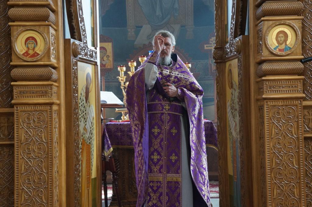 Неделя 2-я Великого Поста. Божественная литургия в Свято-Успенском мужском монастыре.